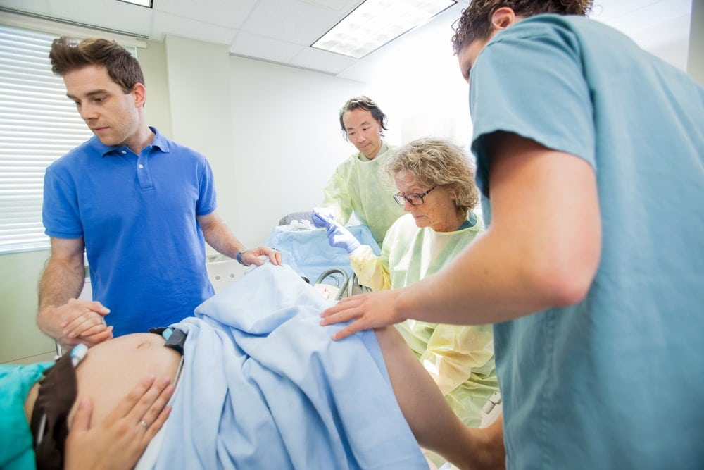 Mother in labor after being pregnant for 40 weeks