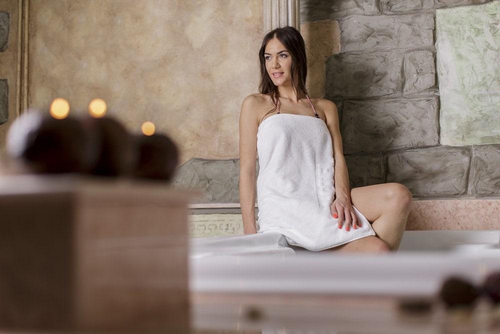 hot-tub-during-pregnancy | American Pregnancy Association