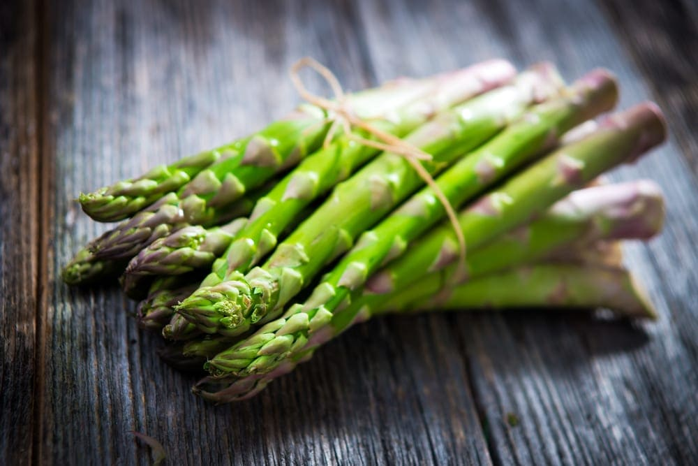 Asparagus can help prevent gas during pregnancy.