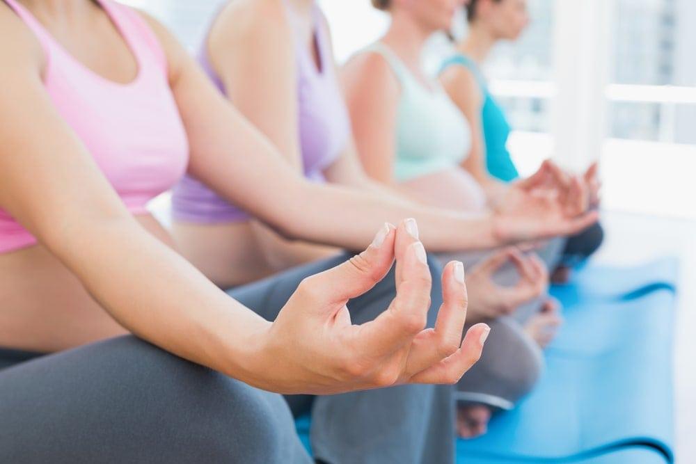 prenatal-yoga-Pregnant-women-class-exercise-calm-wellness | American Pregnancy Association