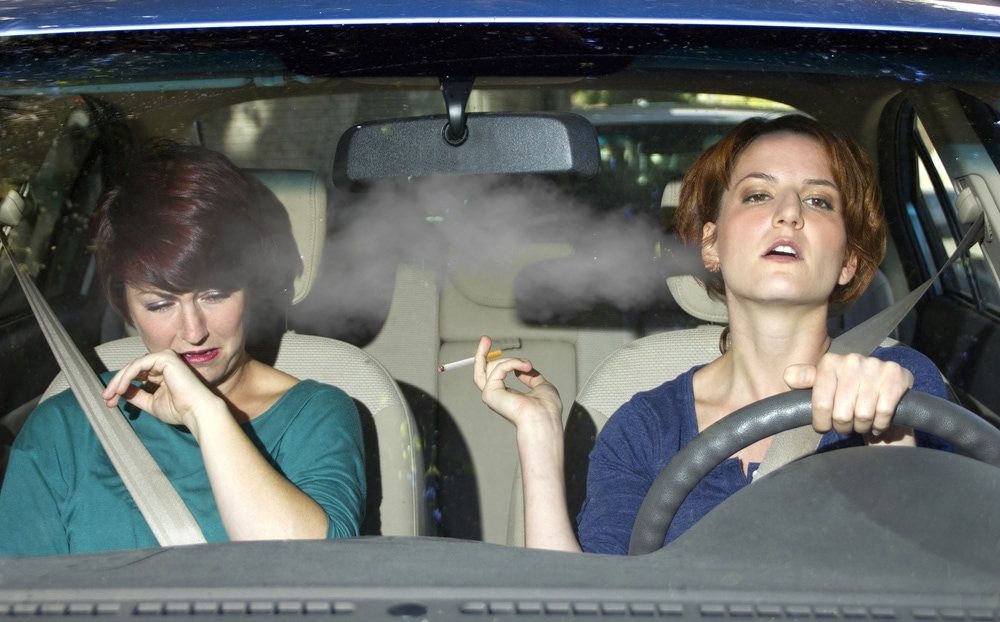 An image displaying the effects on second hand smoking and pregnancy